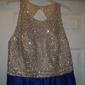 Dresses - Floor length gown